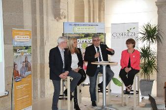Le Président Pascal Coste présente le dispositif Corrèze Boost Emploi aux médias locaux