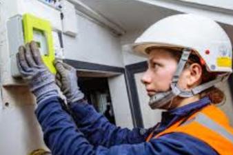 Les entreprises chargées de la pose des nouveaux compteurs d'électricité Linky recrutent
