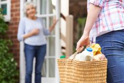 Formation AIDE A LA PERSONNE : Assistant de vie aux familles (H/F)