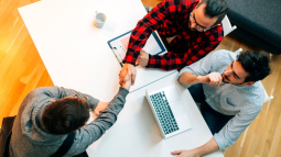 TPE-PME : vous souhaitez recruter un jeune sortant des études ?