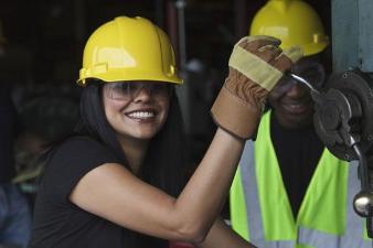 Développer la mixité dans des métiers traditionnellement masculins : De la découverte de secteurs au projet professionnel validé