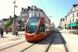 Quitter Paris pour trouver un emploi au Mans